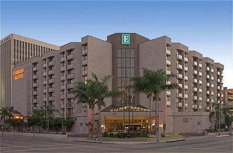 Embassy Suites LAX Exterior