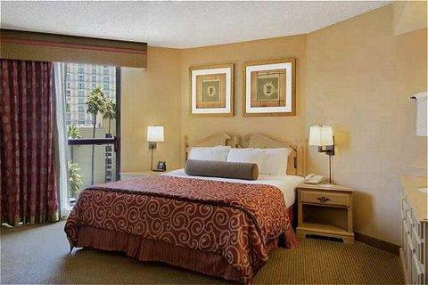 Embassy Suites LAX Room