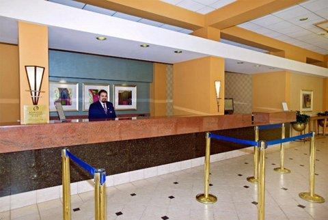 Four Points Sheraton LAX Lobby