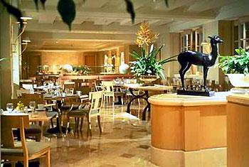 Hilton LAX Restaurant
