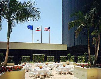 Hilton LAX Exterior