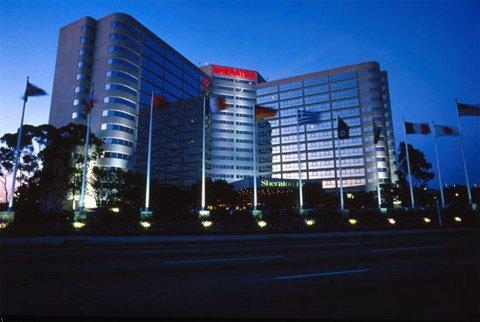 Sheraton Gateway LAX Exterior